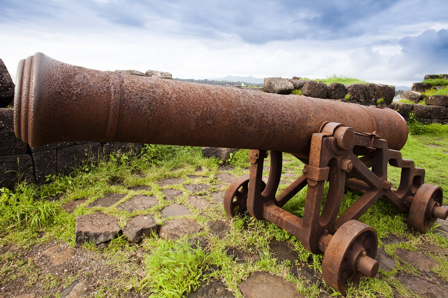 cannons-on-the-beach-alibag-raigad-district-konkan-maharashtra