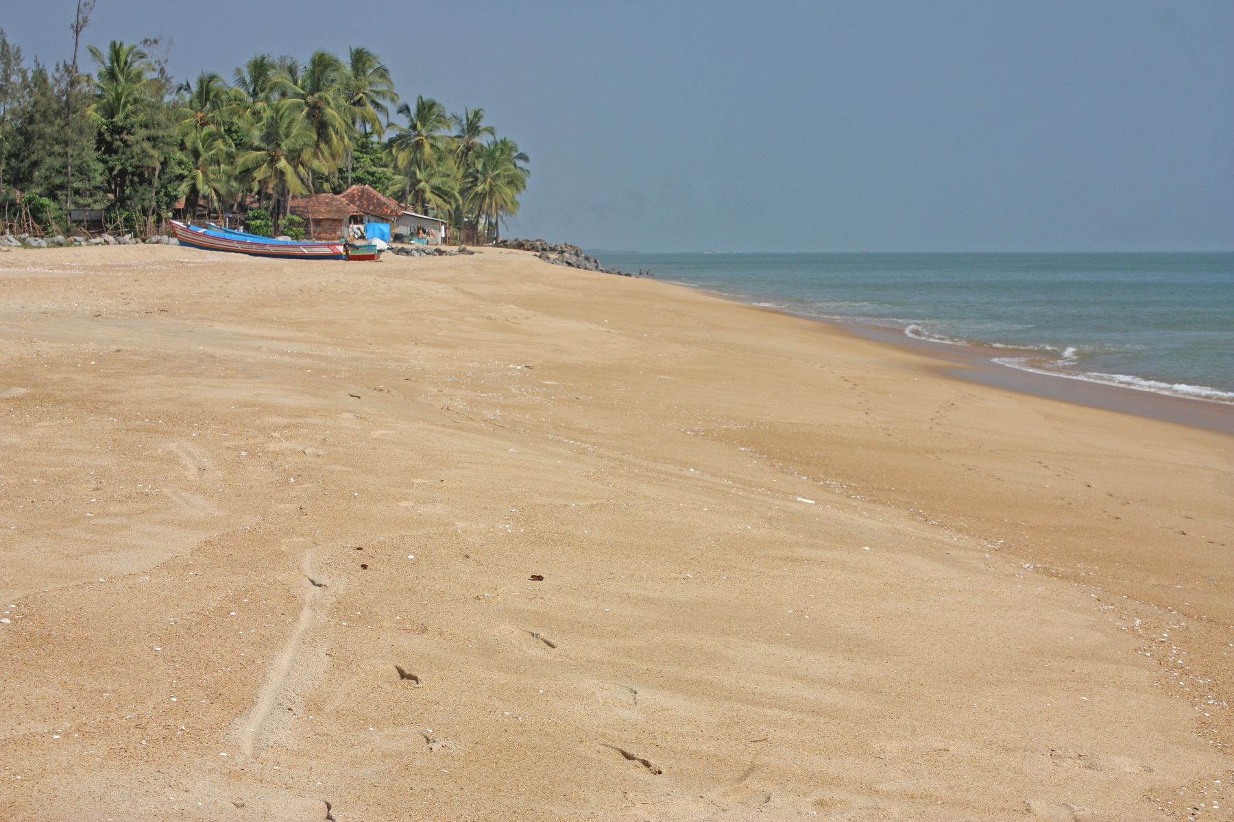 tropical-beach-in-bekal-kerala