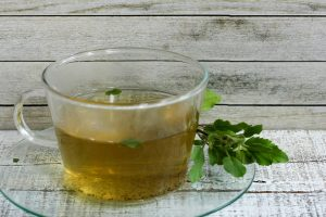 tulsi-tea-in-a-transparent-cup
