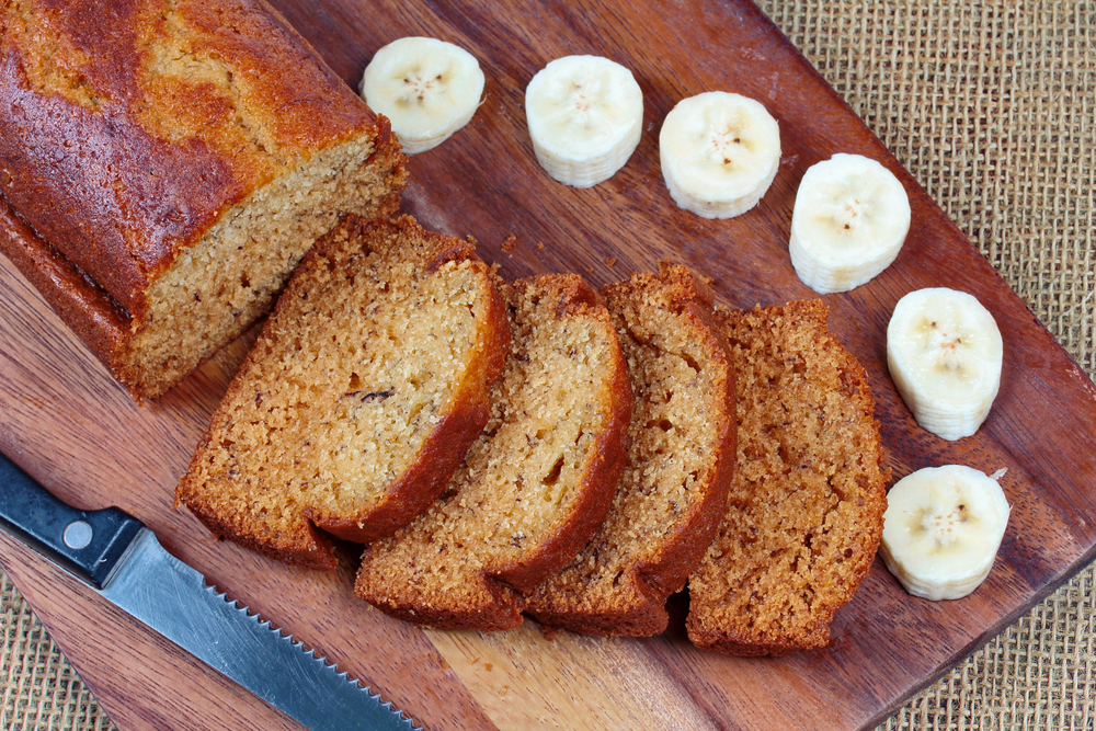 homemade-banana-cake-sliced-on-butcher