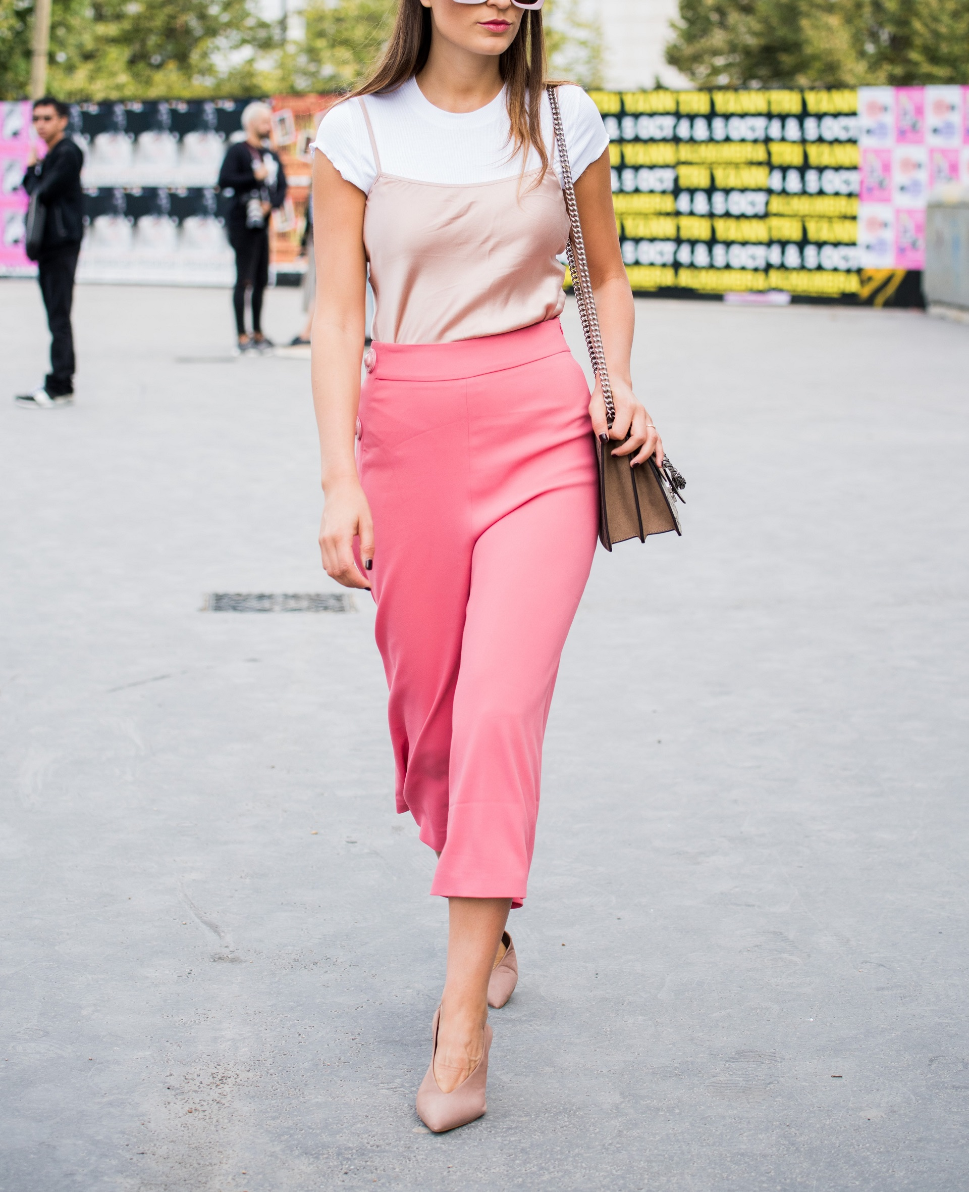 Girl wearing pink culottes.