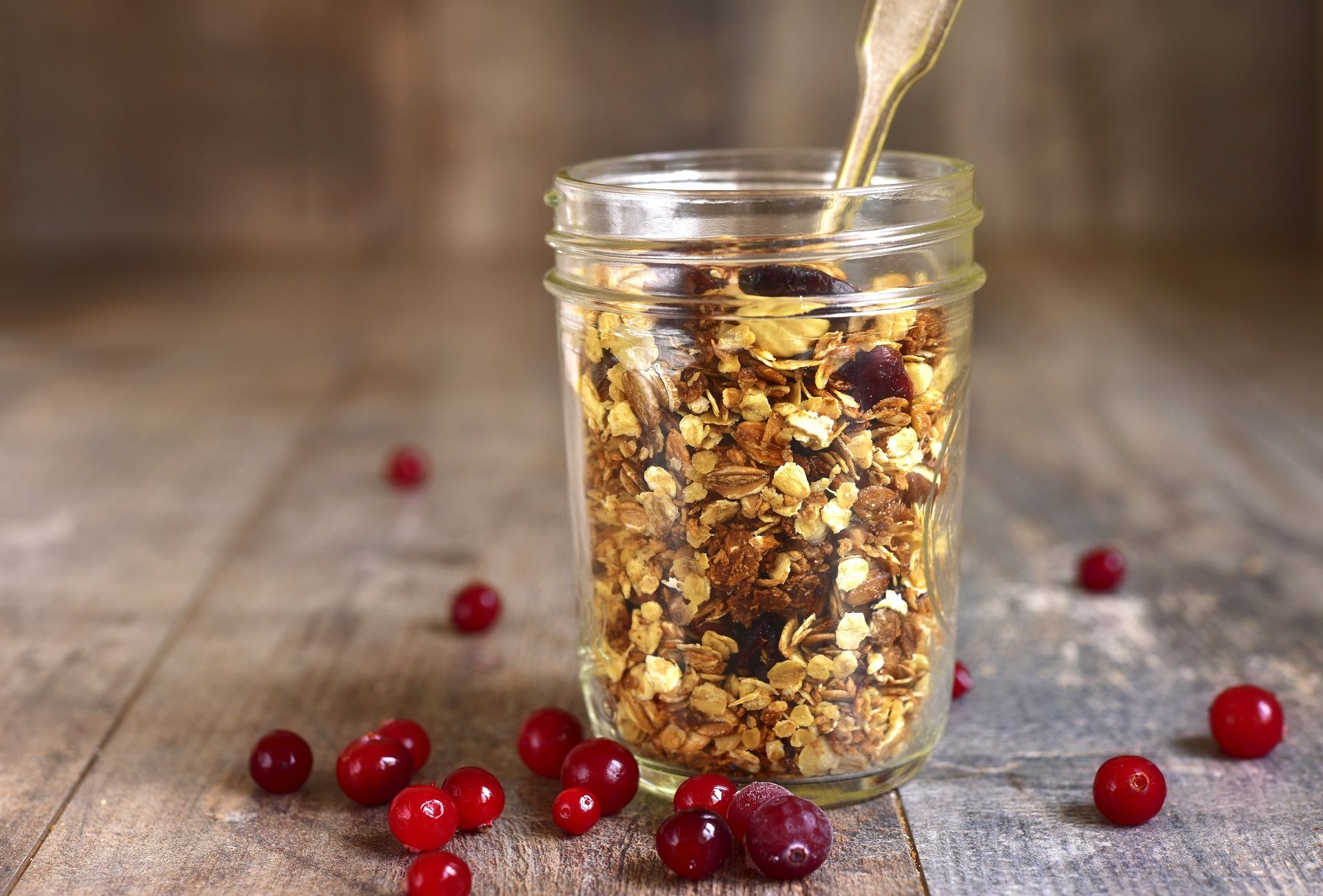 Easy granola recipe for gifting.